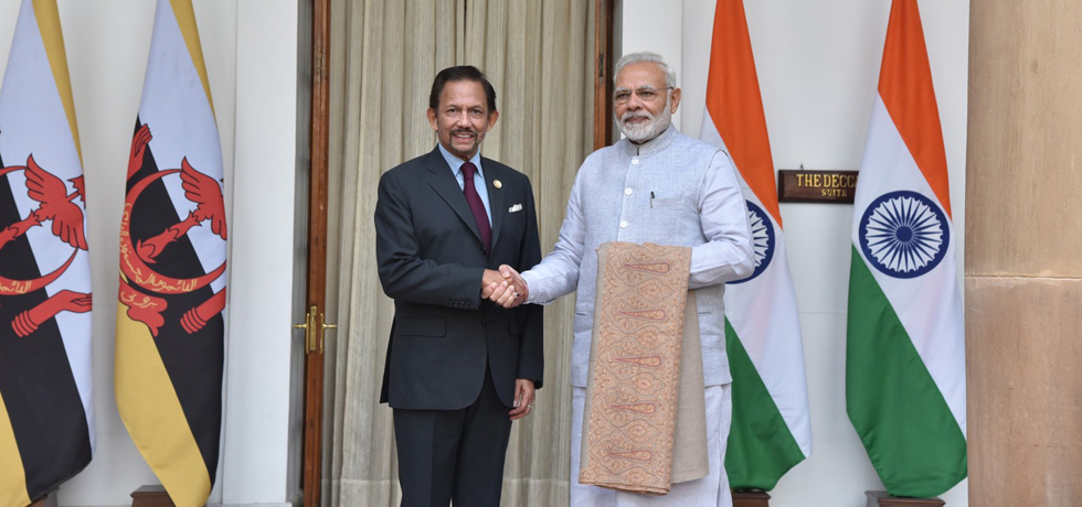 Shri Narendra Modi, Prime Minister with His Majesty the Sultan of Brunei Darussalam at Hyderabad House, New Delhi on the occasion of ASEAN Indian Commemorative Summit on 25 January 2018