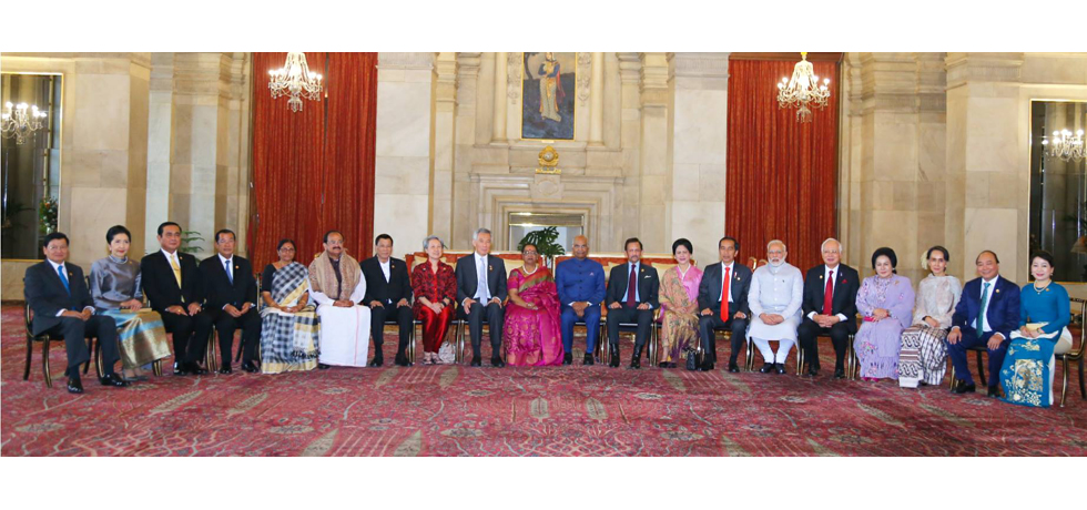 President Ram Nath Kovind, Vice PresidentM Venkaiah Naiduand PMNarendra Modiwith ASEAN HoS/HoGs, their spouses andASEANSecretary General to mark the 25th year of the ASEAN-India partnership on 25 January 2018.