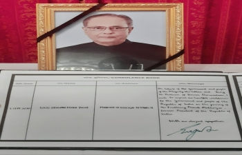 Minister of Foreign Affairs II, Dato Haji Erywan signed the condolence book for Late HE Shri Pranab Mukherjee, former President of India on 3 September 2020.